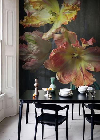large florals interior design trend 2018